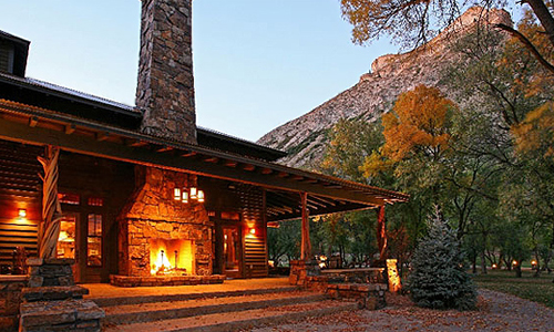 Kessler Canyon is one of the resort's on Luxury Link you can book for a discount.