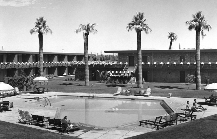 A retro shot of the hotel back in the fifties.