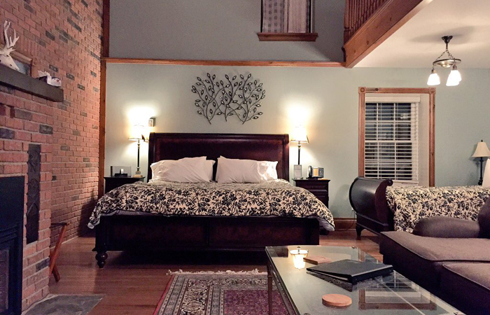 The beds in the Eagle's Nest room.