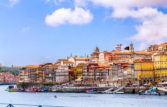 Female solo travel: Porto